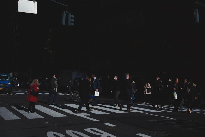 Блъснат пешеходец в тъмната част на деня