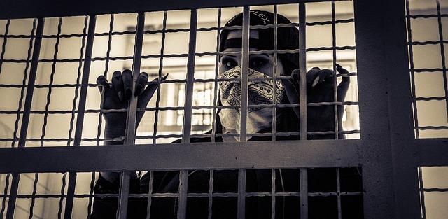 Обезщетение за неимуществени вреди, вследствие на незаконно обвинение